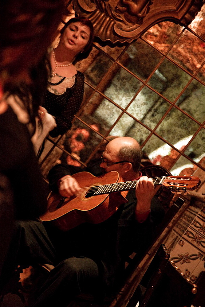 Playing Fado, the classic music in Alfama district and all Lisbon, Portugal