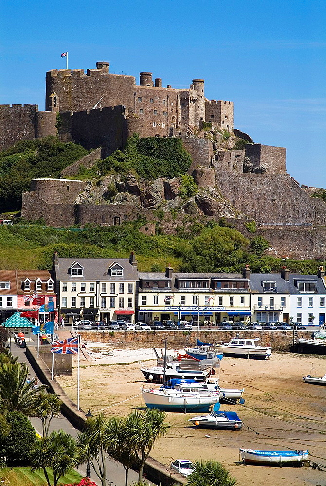 Gorey ST MARTIN JERSEY Houses hotels seafront boats harbour and Mont Orgueil Castle