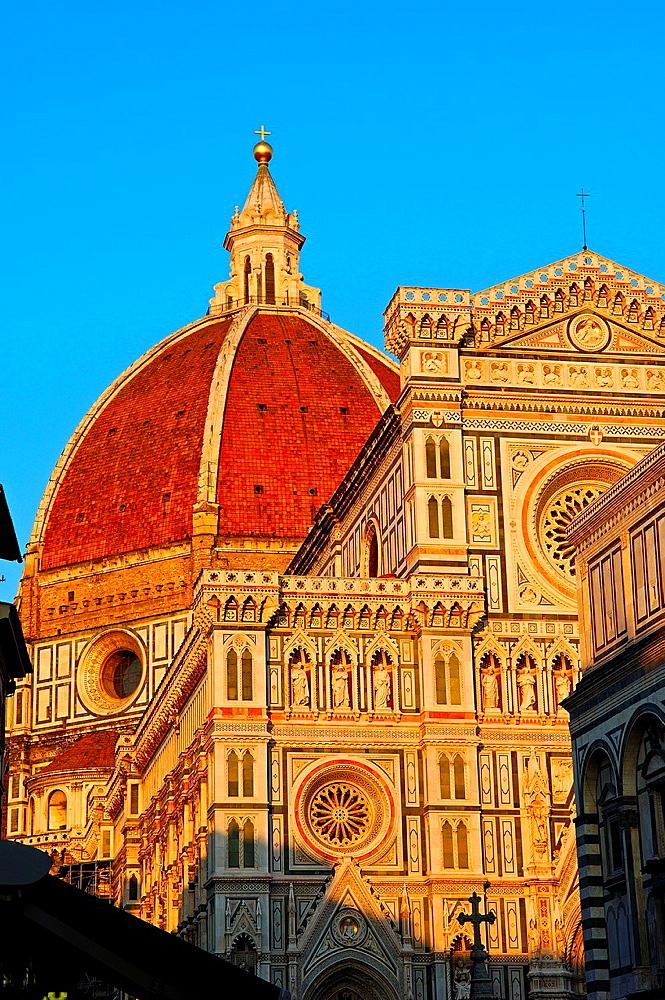 Florence, Duomo, Cathedral, Santa Maria del Fiore cathedral, Piazza del Duomo, Duomo square, Tuscany, Italy.