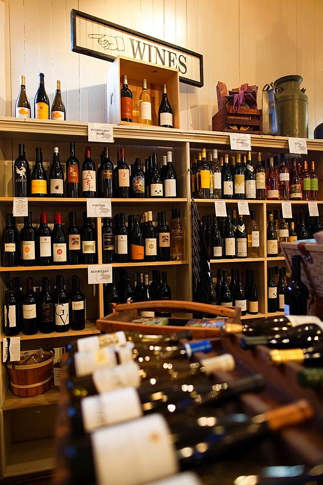 USA, California, Northern California, Napa Valley Wine Country, Oakville, Oakville Grocery delicatessen, wine selection