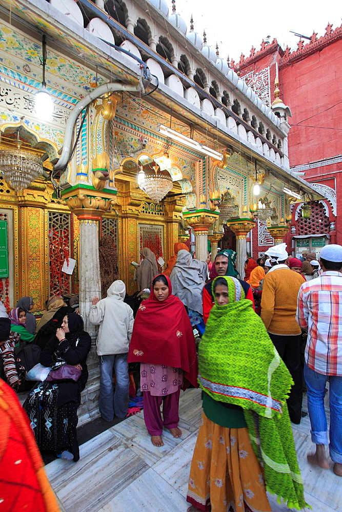 India, Delhi, Nizamuddin Chisti, muslim, sufi, saint, shrine, Dargah Hazrat Nizamuddin Aulia, people,