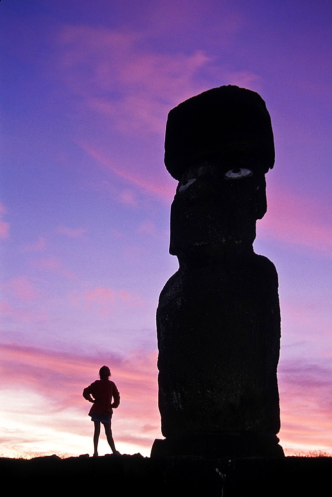 These ´moais,´ carved monoliths of ancestral gods, are believed to date from the 13th or 14th century  Easter island lies 2,100 miles off the coast of Chile in the Pacific Ocean