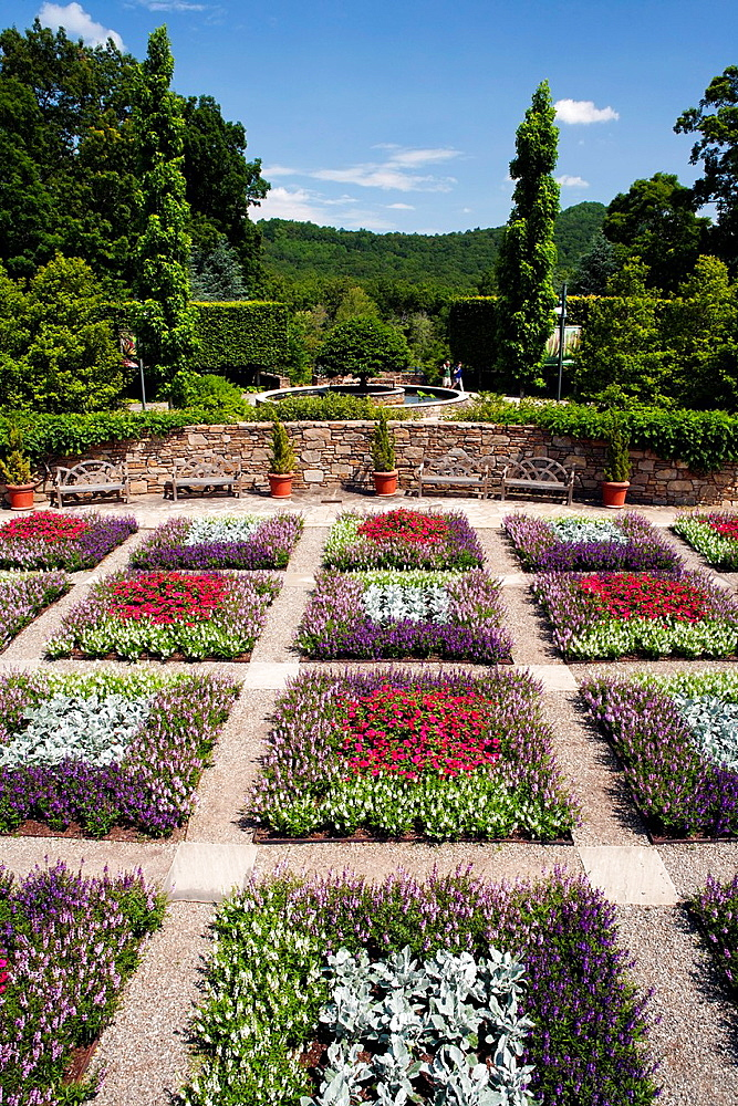 Quilt Garden - North Carolina Arboretum - Asheville, North Carolina, USA