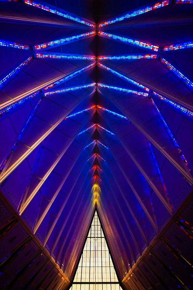 USA, Colorado, Colorado Springs, United States Air Force Academy, Cadet´s Chapel, stained-glass interior