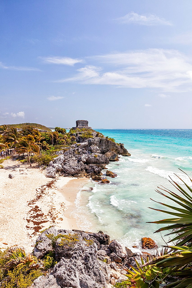 The Mayan ruins of Tulum and caribbean seashore, Tulum, Yucatan Peninsula, Quintana Roo, Mexico