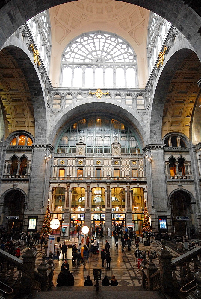 The central hall of the monumental station of Antwerpen, Belgium