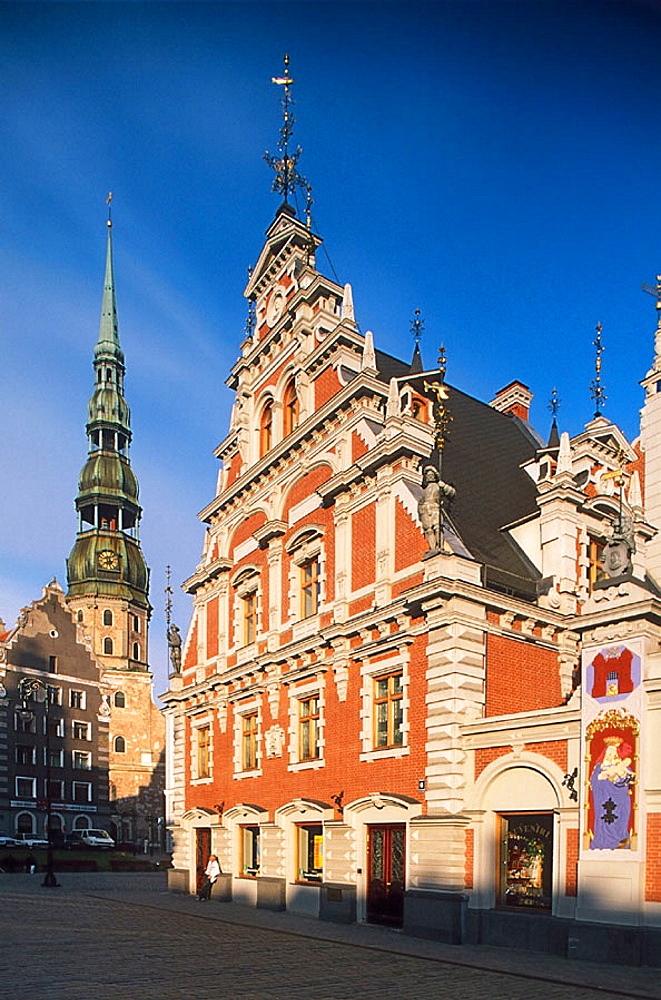 St, Peter's church and Melngalvju Nams (House of the Blackheads, 16th-17th century), old town, Riga, Latvia