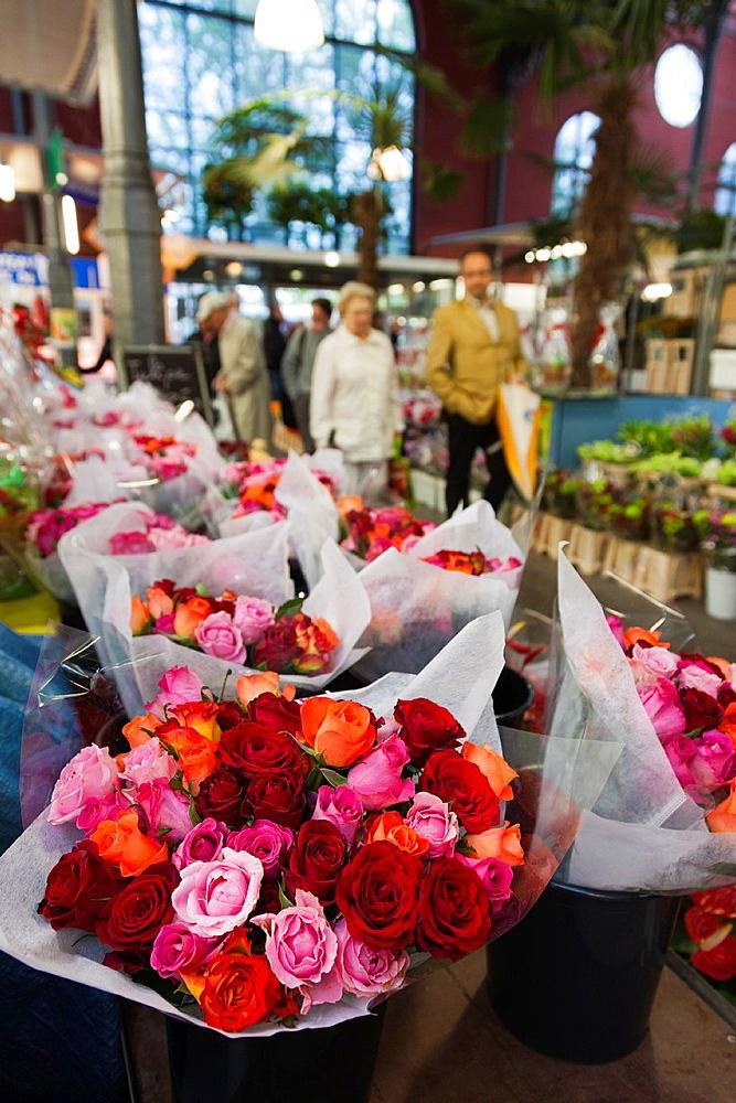 France, Nord-Pas de Calais Region, Nord Department, French Flanders Area, Lille, Wazemmes Sunday Market, flowers