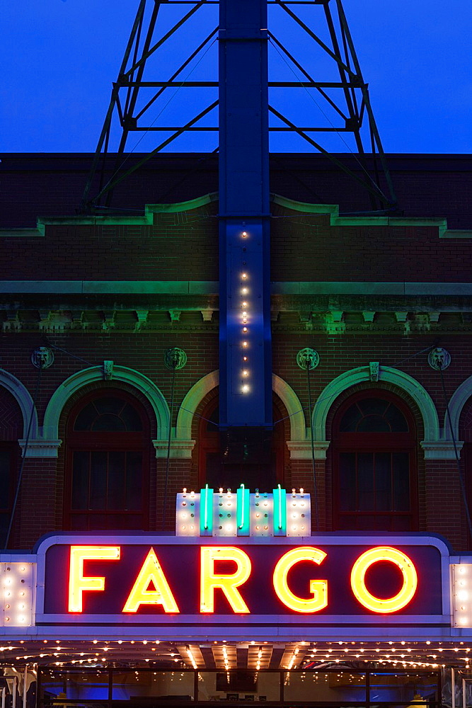 USA, North Dakota, Fargo, Fargo Theater, marquee, evening