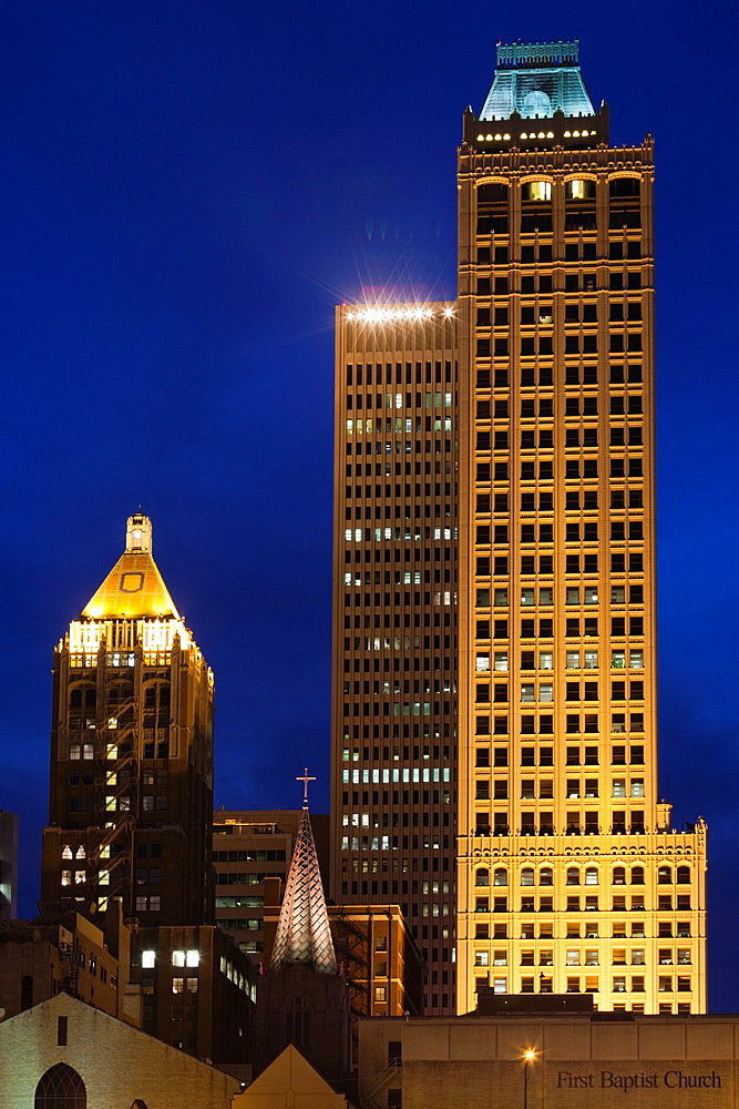 USA, Oklahoma, Tulsa, old and new high rise buildings, Art-Deco district, dusk