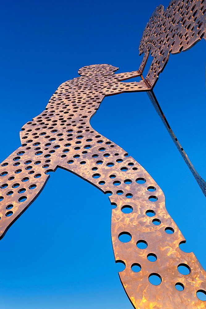 USA, Iowa, Council Bluffs, Missouri Riverfront, Molecule Man, sculpture by Jonathan Borofsky, 2008