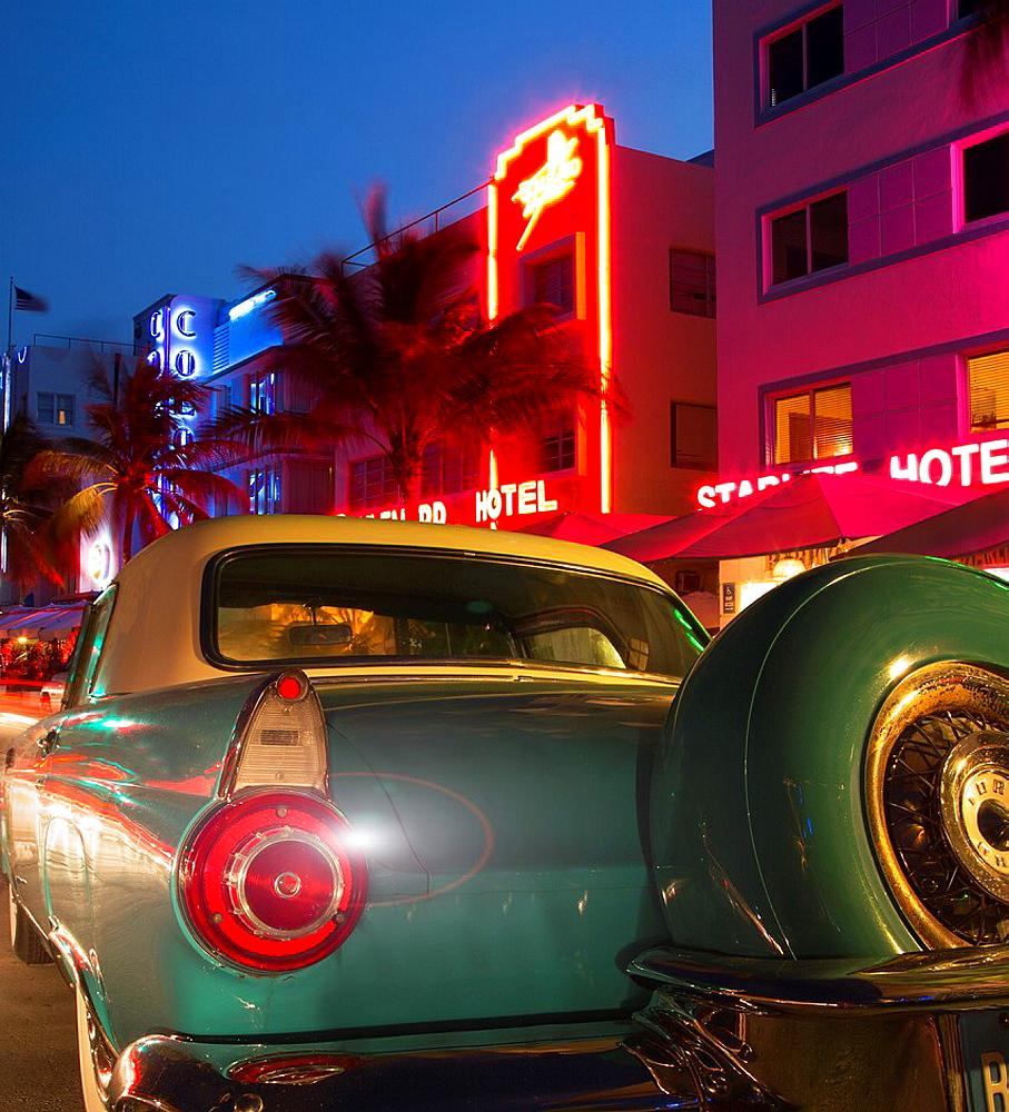 Vintage car in Ocean Drive, Miami Beach, Florida, USA - 817-431916