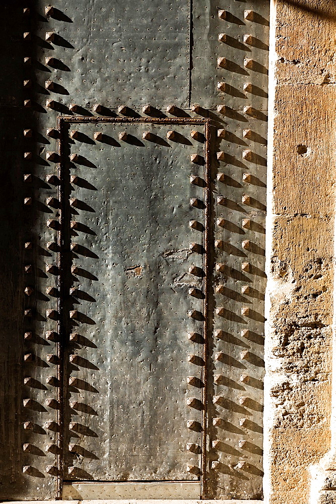 Aged door, San Juan de la Cruz church, Valencia, Spain