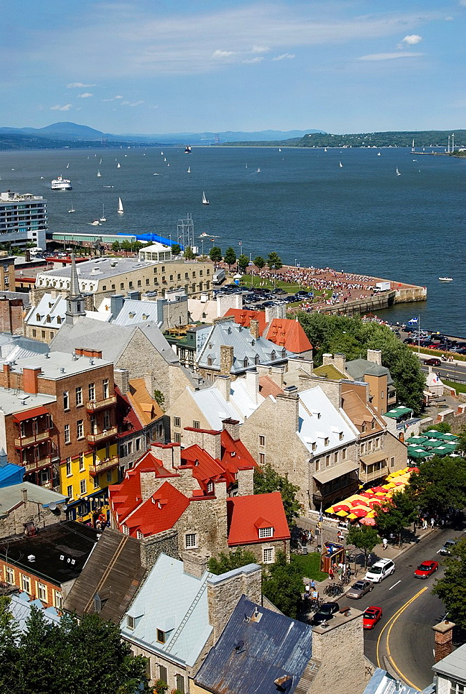 Petit Champlain neighbourhood on the Saint Lawrence bank, Quebec City, Quebec province, Canada, North America