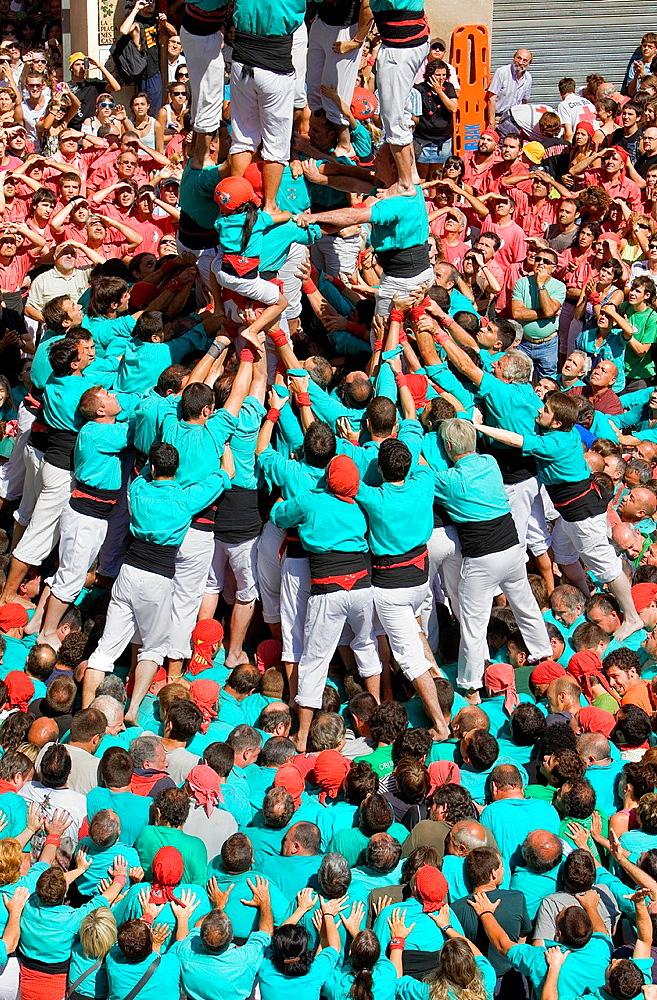 Castellers de Vilafranca 'Castellers' building human tower, a Catalan tradition Vilafranca del Penedes Barcelona province, Spain