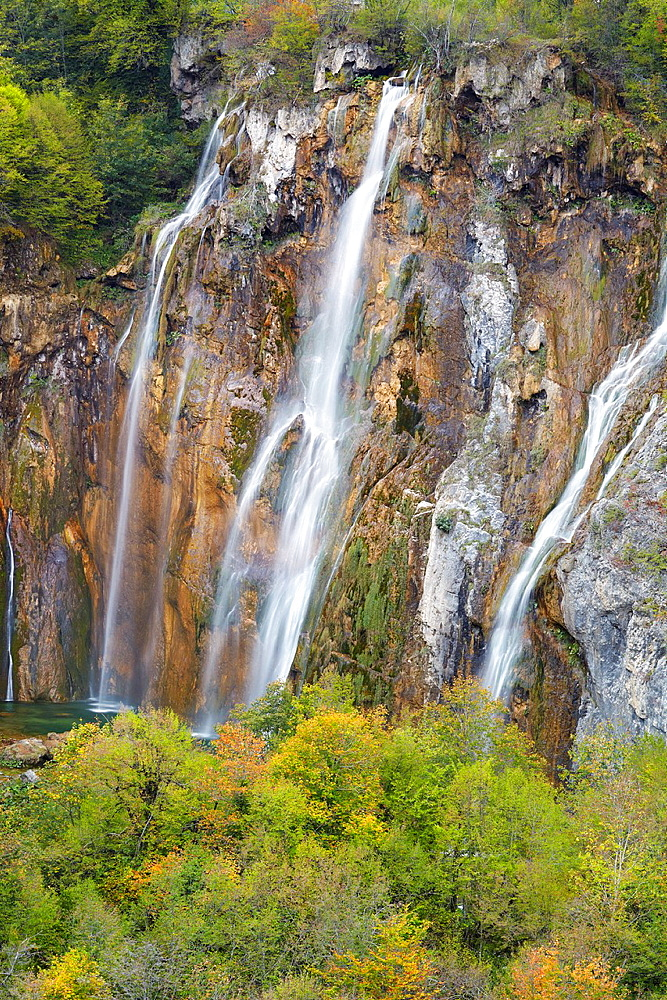 Croatia, Plitvice Lakes National Park, The Big Waterfall, Veliki Slap, Plitvice Lakes protected area in central Croatia.