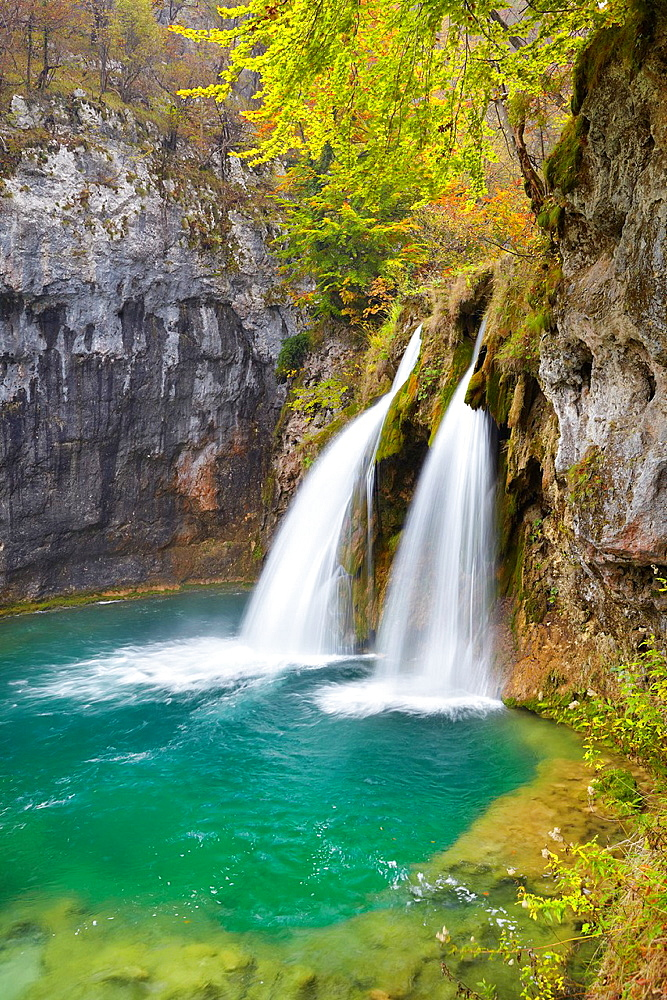 Croatia, Plitvice Lakes National Park, waterfall between lakes, central Croatia, UNESCO.