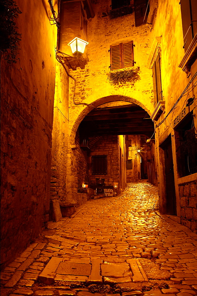 Croatia, Rovinj, narrow street on the Old Town in Rovinj, Istria, Croatia.