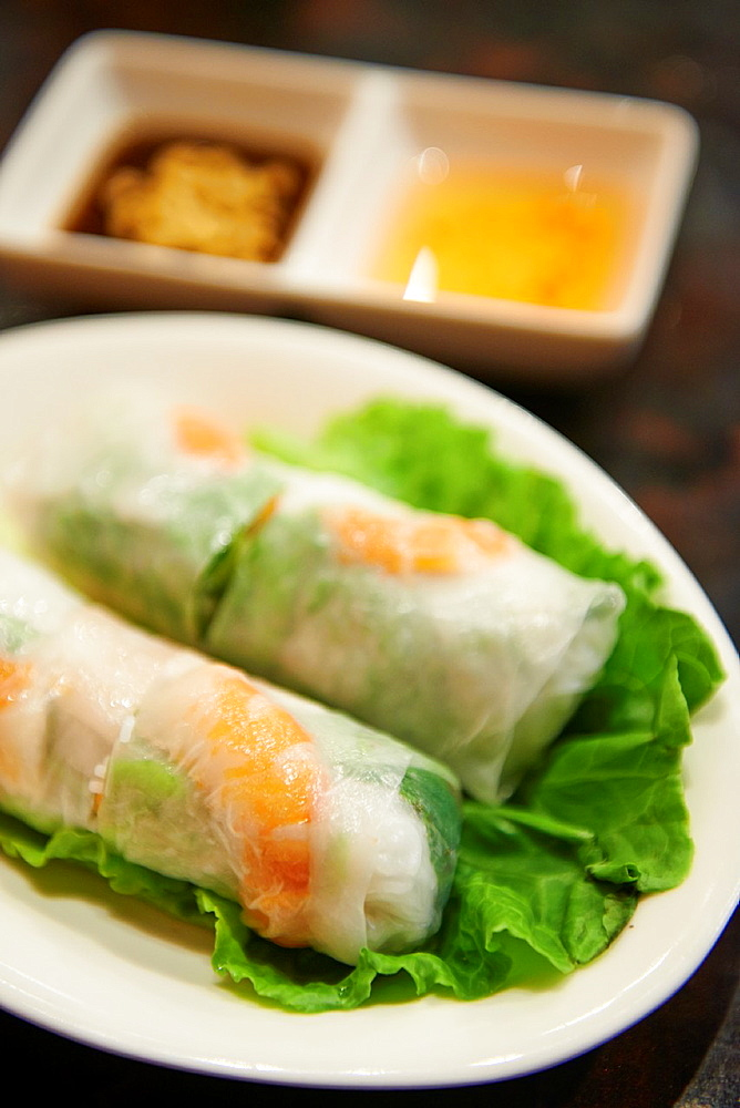 Fresh spring rolls inside Thanh Ky, A vietnamese restaurant specializing in clear broth beef noodles or pho on Yongkang Street in Taipei.