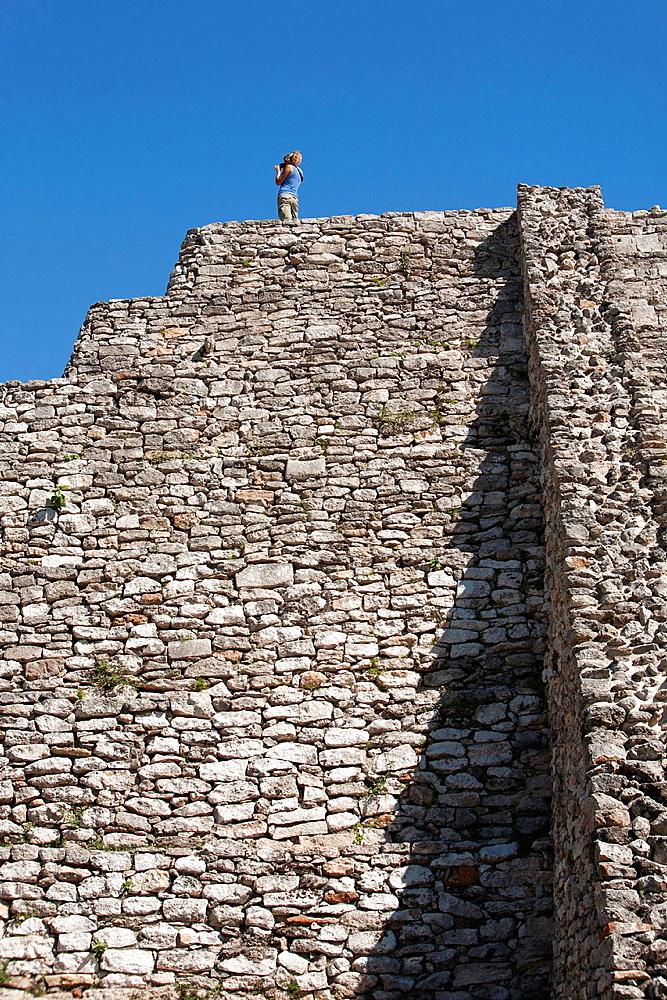Mayan arqueological site Mayapan, Peninsula Yucatan, Mexico.