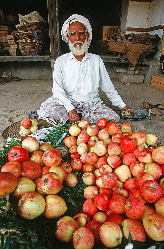 Pakistan, Punjab Region, Lahore, bazaars