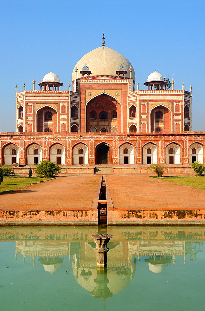 India, New Delhi, World Heritage Site, Humayun's tomb.