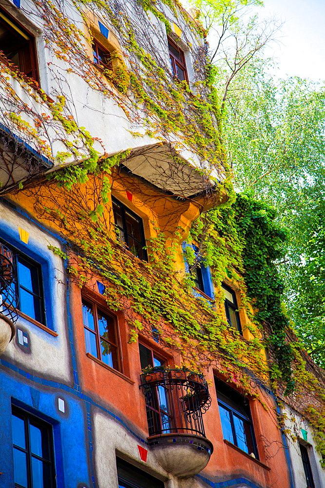Building designed by Hundertwasser, Hundertwasserhaus, Vienna, Austria, Europe.