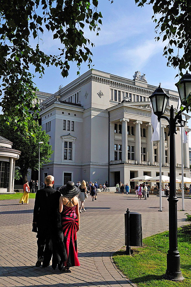 couple on the way to the Latvian National Opera house, Riga, Latvia, Baltic region, Northern Europe