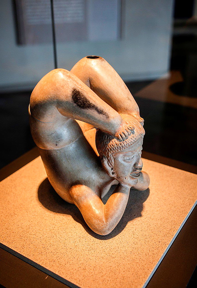 acrobat or contortionist, National Museum of Anthropology. Mexico City. Mexico.