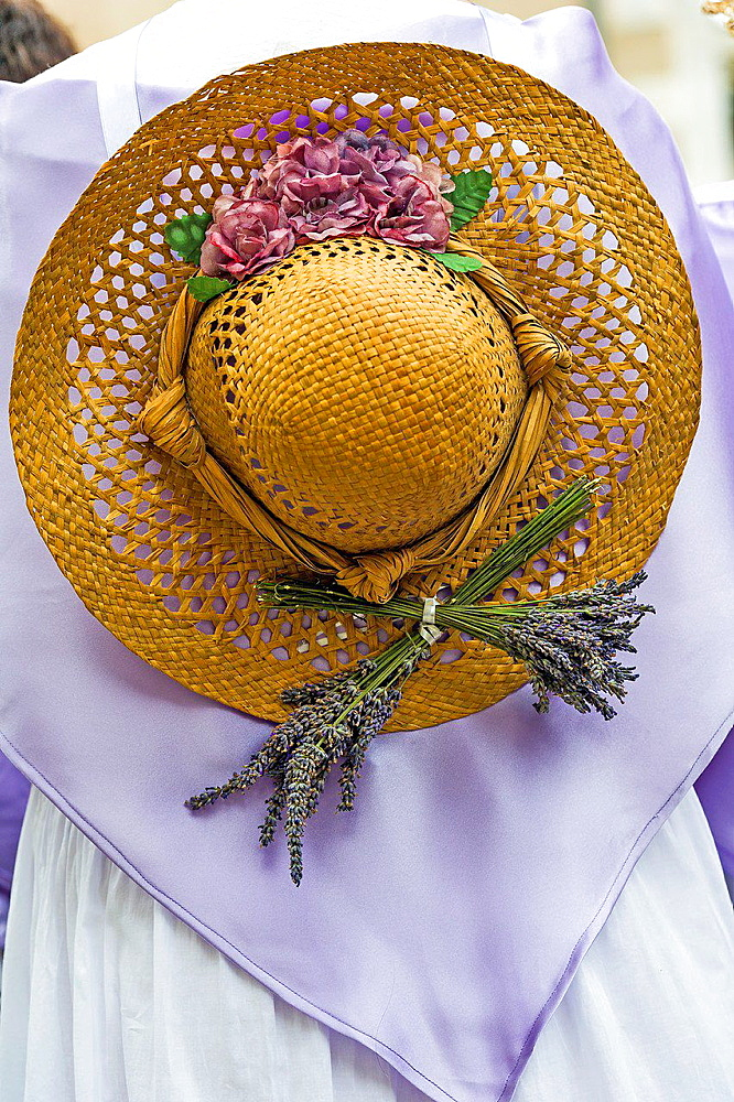 Europe, France, Alpes-de-Haute-Provence, 04, Regional Natural Park of Verdon, Valensole. Provencal lavender festival. Traditional costume lavender. Detail.