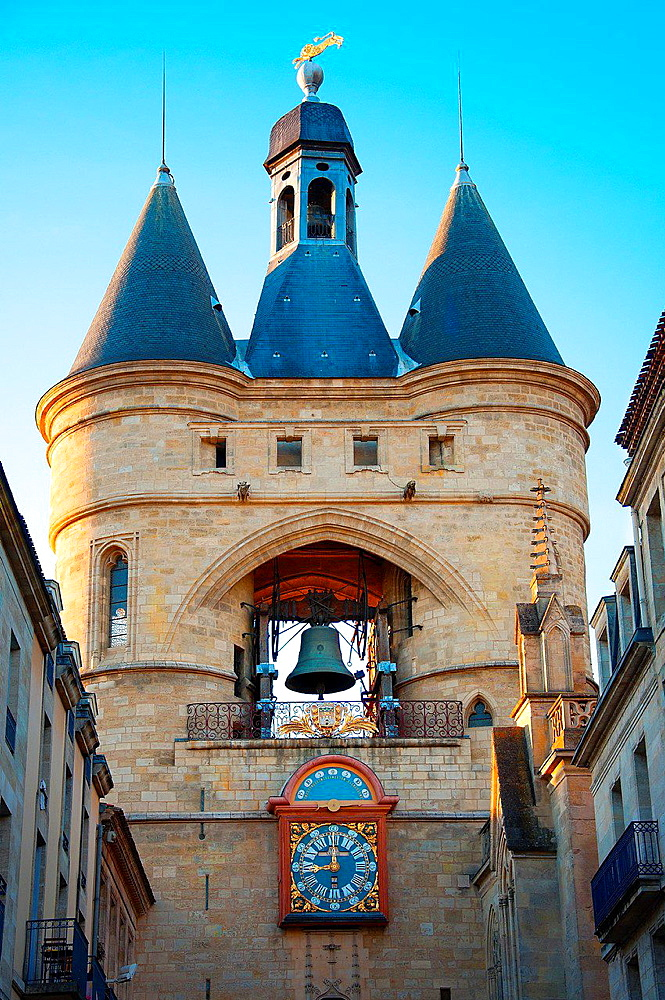 Grosse Cloche bell tower former St Eloi town gate, Bordeaux, Gironde, Aquitaine, France, Europe.