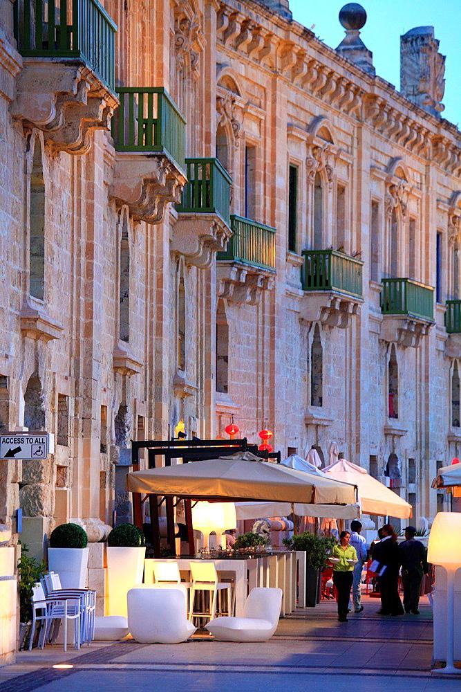 Malta, Valletta, Waterfront, cafes, restaurants.