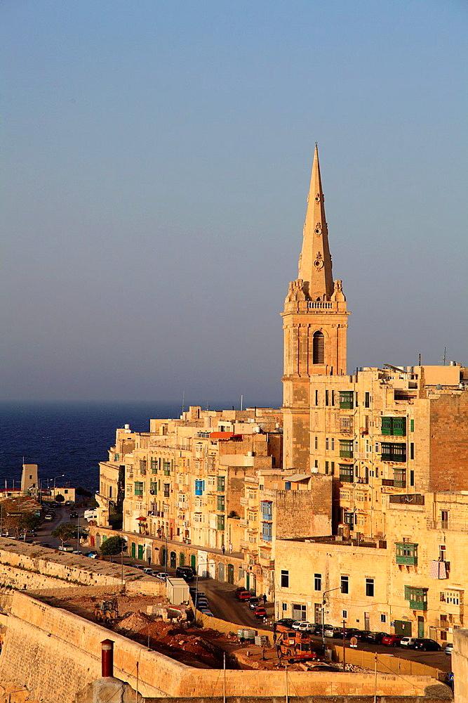 Malta, Valletta, St Paul's Pro-Anglican Cathedral, skyline.