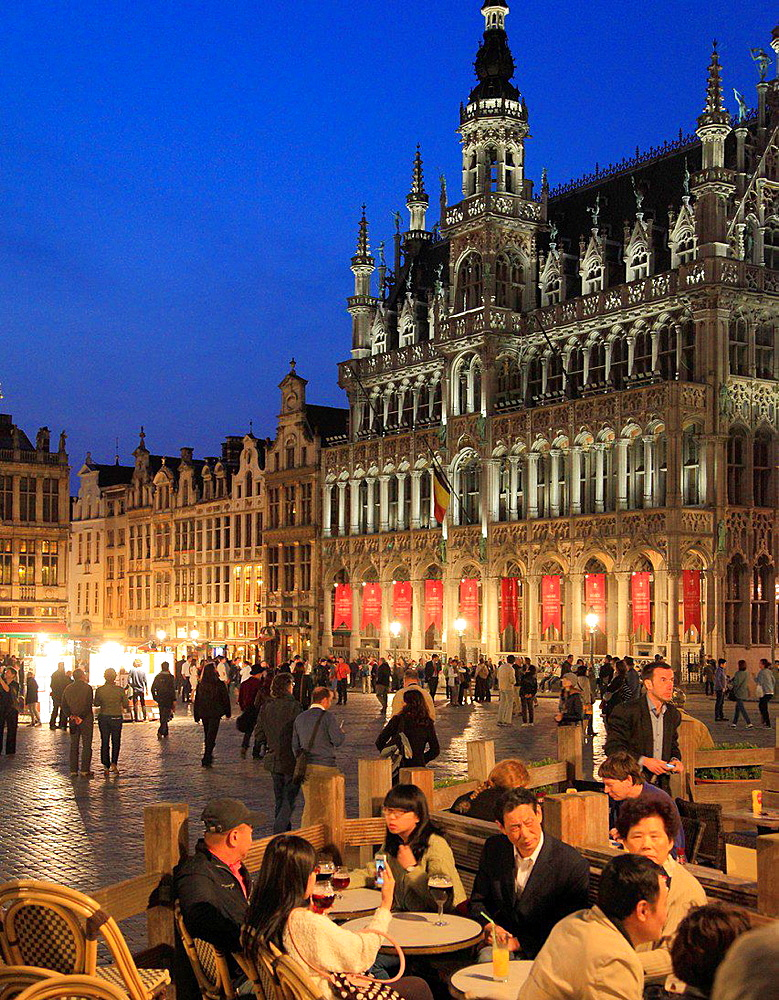 Belgium; Brussels; Grand Place, Maison du Roi, people.