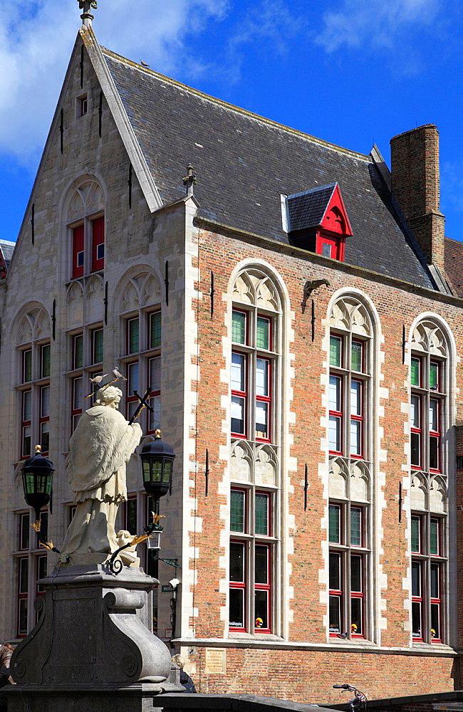 Belgium, Bruges, St John of Nepomuk statue, Perez de Malvenda House.