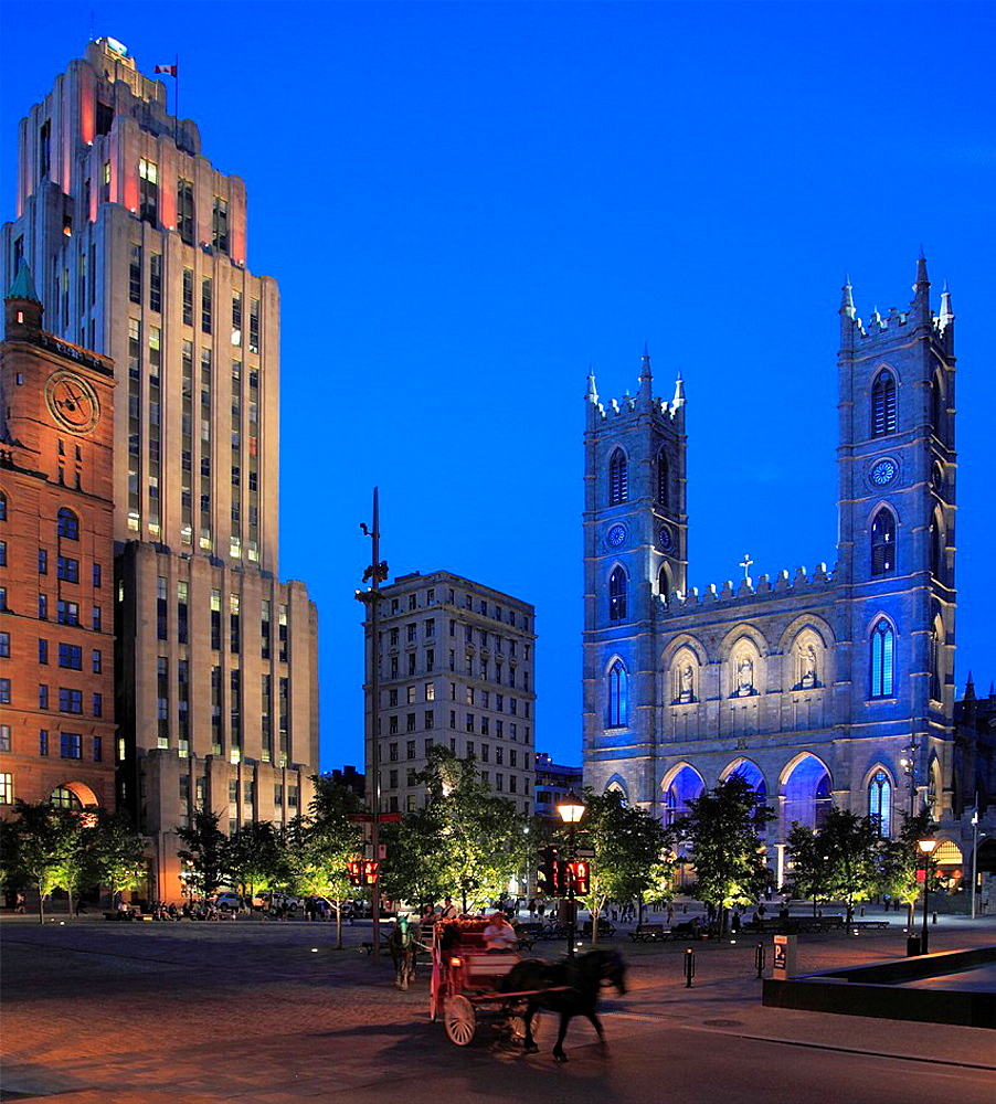 Canada, Quebec, Montreal, Place d'Armes, Notre-Dame church,.