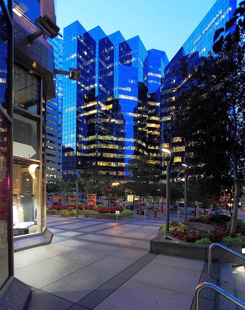 Canada, Quebec, Montreal, McGill College Avenue,.