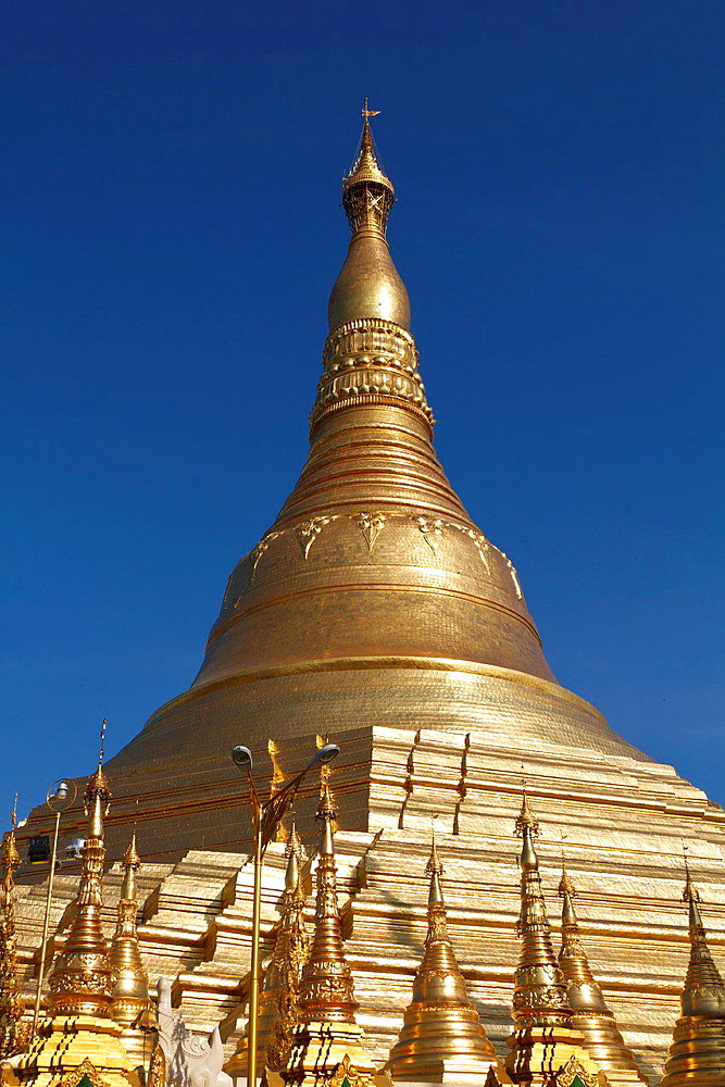 Stupa of the Shwedagon Pagoda in Rangoon, Myanmar.