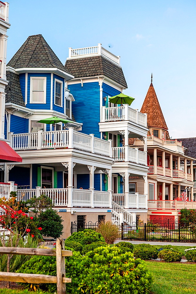 Cape May is America¥s first seaside resort. It has the largest collection of Victorian Architecture in the United States. With Victorian era hotel and guests houses along Beach Street.