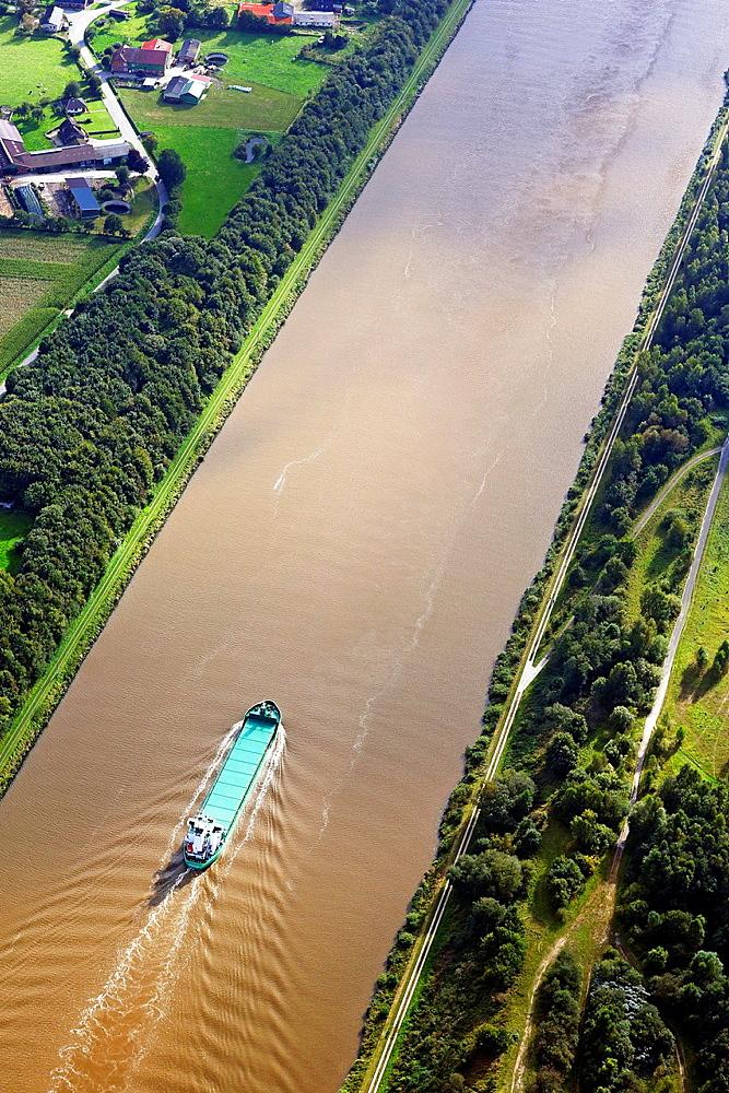 Nord-Ostsee-Kanal, Kiel Canal, Schleswig-Holstein, Germany, Europe