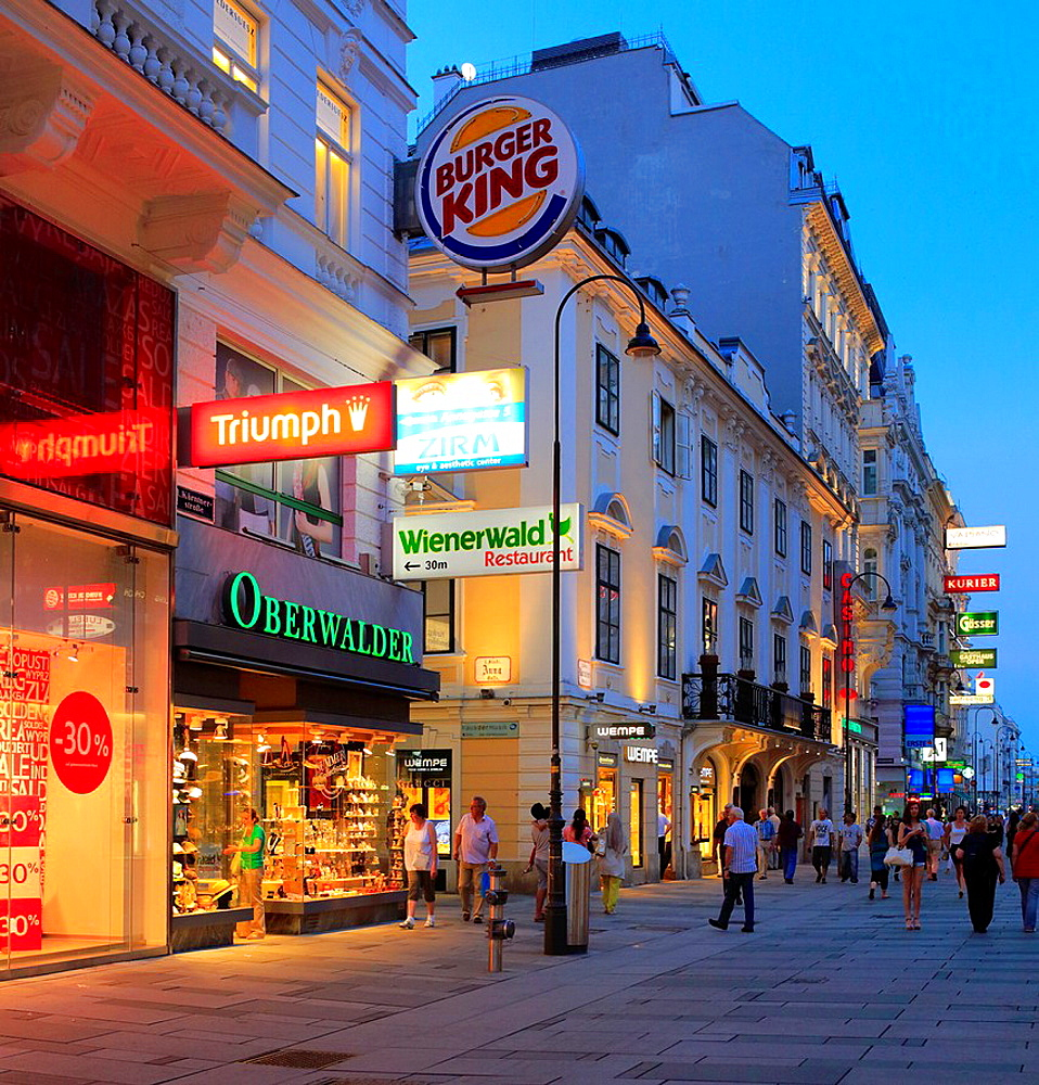 Karntner Strasse at nigth, Vienna, Austria.