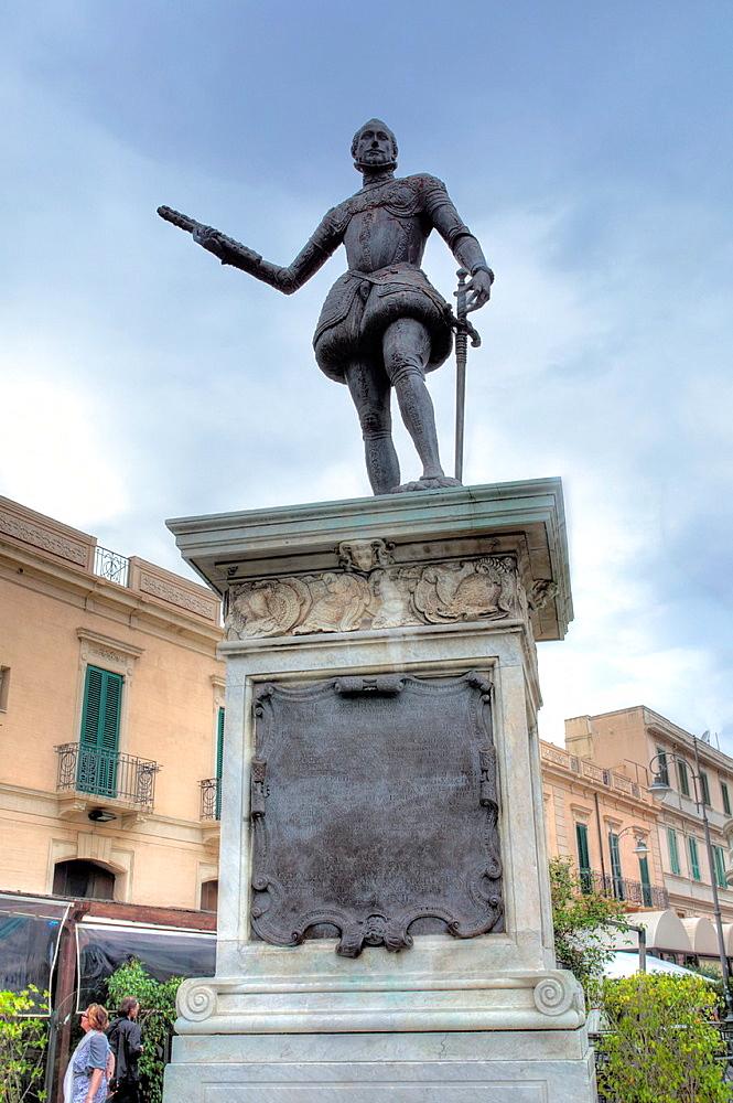 The monument to Don Juan of Austria (Don Giovanni d'Austria), Square Catalani, Messina, Sicily, Italy.