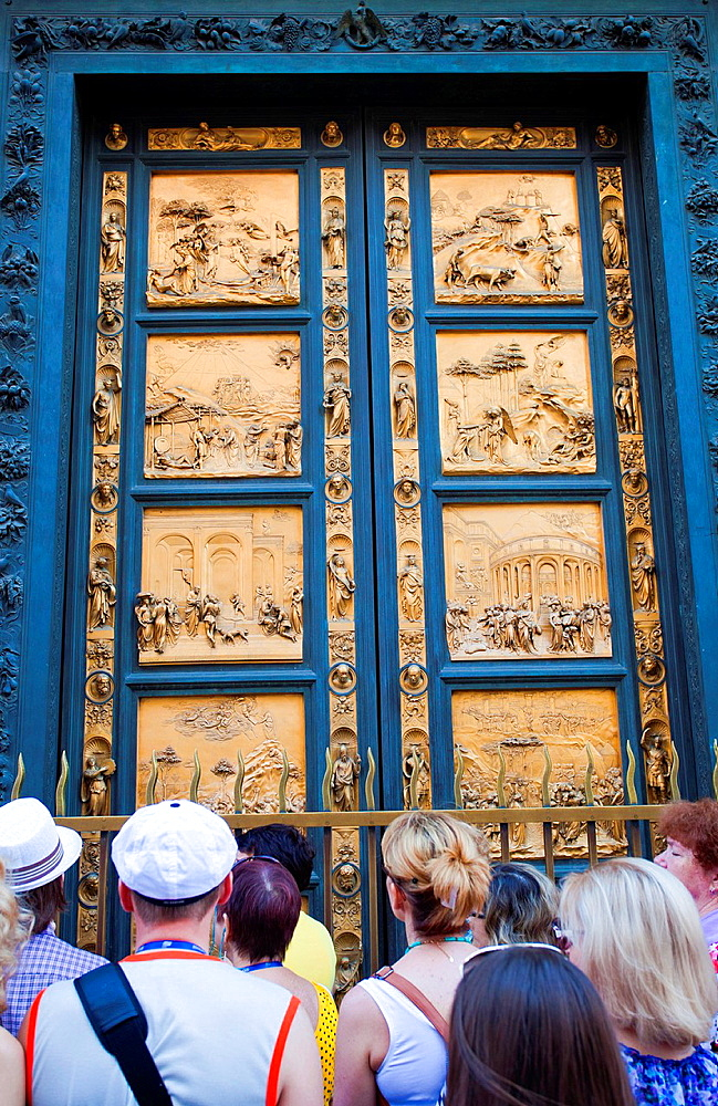 Florence Baptistery, Battistero di San Giovanni, also known as the Baptistry of Saint John, East doors, Gates of Paradise by Lorenzo Ghiberti, Piazza del Duomo, Florence, Tuscany, Italy, Europe.