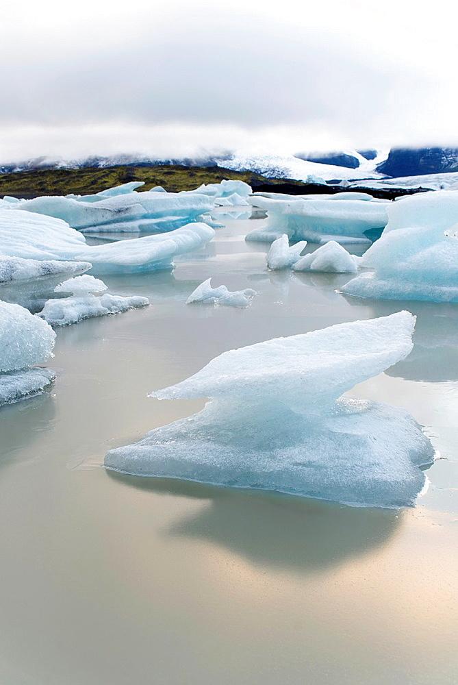 Fjallsarlon glacier lagoon, Vatnajokull National Park, Iceland.