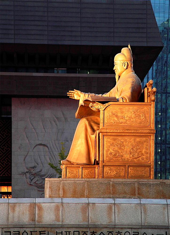 South Korea, Seoul, King Sejong statue,.