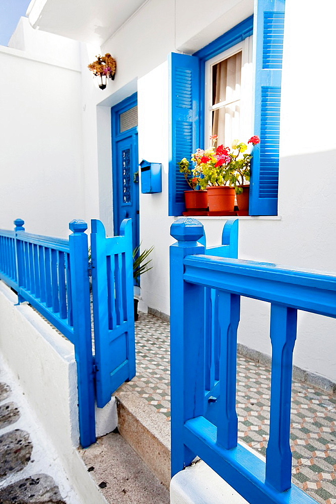 Typical Cyclades house in the alleys of town center, Mykonos, Cyclades Islands, Greek Islands, Greece, Europe.