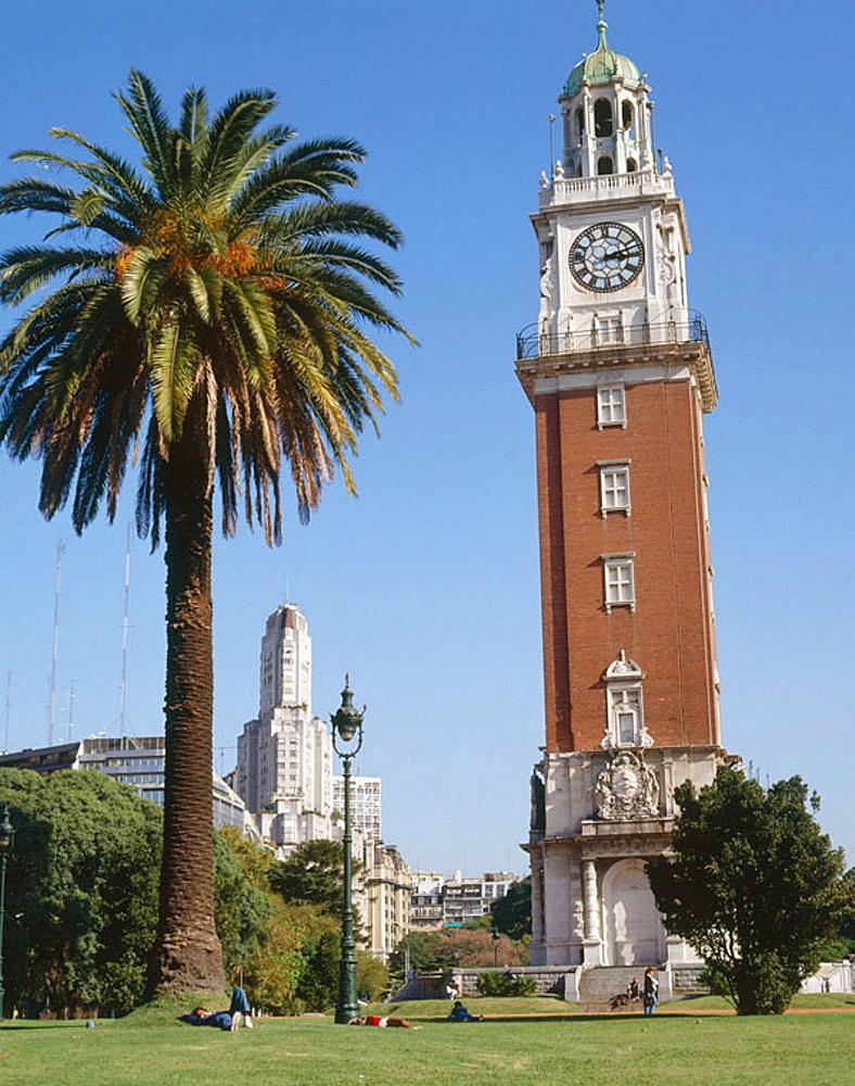 Torre Monumental (Torre de los Ingleses) in Plaza Fuerza Aerea Argentina (Plaza Britanica), Buenos Aires, Argentina.