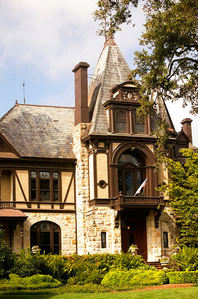 Beringer Vineyards, the oldest operating winery in Napa Valley, St, Helena, California, USA