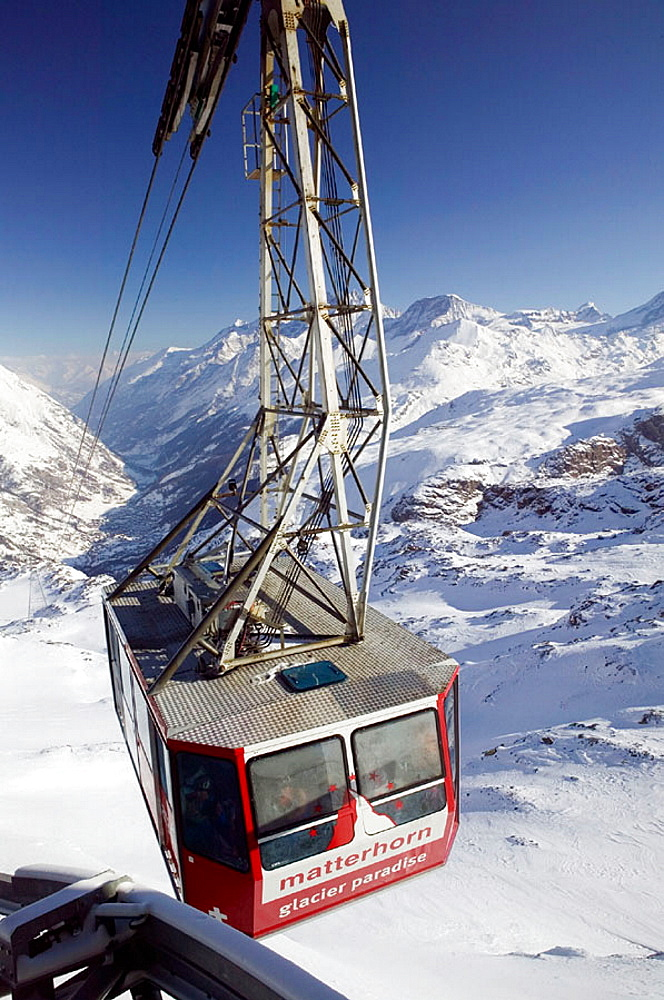 Trockener Steg (el, 2939 meters), Winter, Cable Car from Furi, Zermatt, Wallis/Valais, Switzerland.