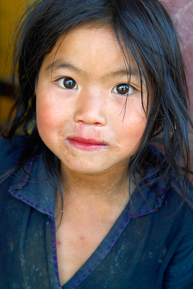 Vietnam, North Vietnam, Sapa area, Children from Black Hmong ethnic group.